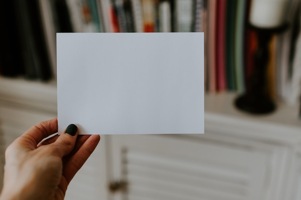scrivere un messaggio di condoglianze